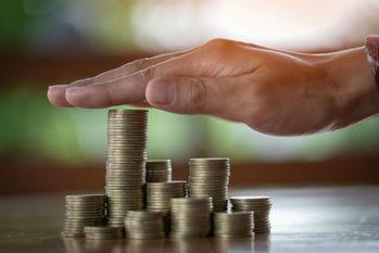 ミレニアル世代,貯金