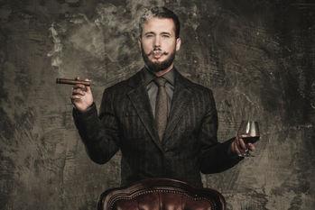 お酒,アルコール,お金持ち