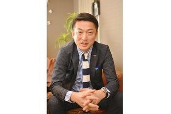株式会社RYコーポレーション,横山藤雄