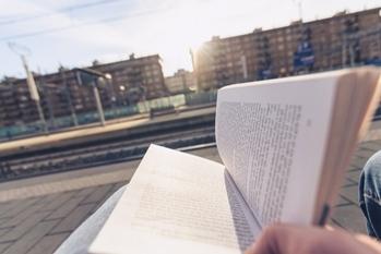 通勤,一気読み,金融経済小説