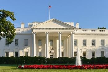 ホワイトハウス,議会,ロビイスト,節税スキーム