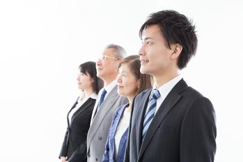 親族,経営権,譲渡