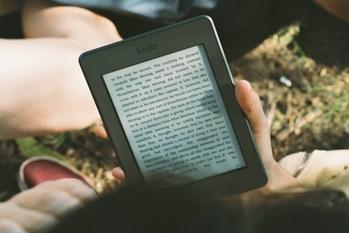 1日30分,読書,寿命が延びる,学びの習慣