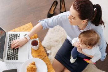 育休や時短勤務に応じて年金受給額は減額されるの?