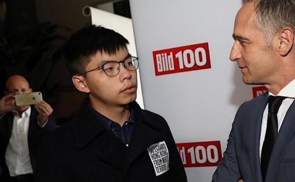 マース独外務大臣と会談する香港の民主活動家・黄之鋒