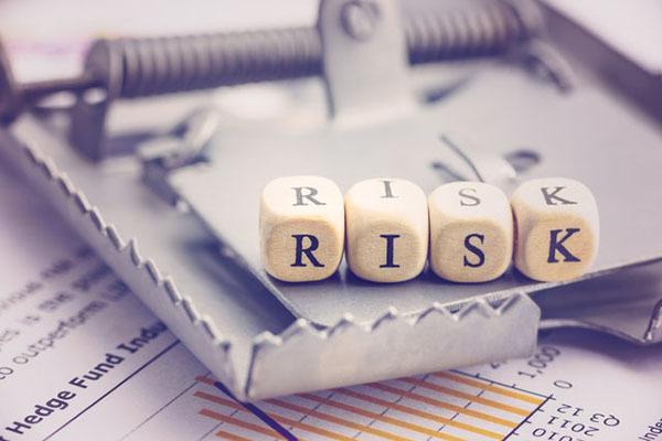 投資信託,リスク,回避