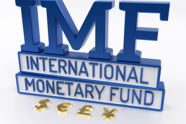 IMFレポート