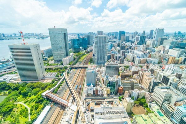 不動産投資で重要なエリア選定。日本全体の人口や世帯が減っても東京では堅調な見通し