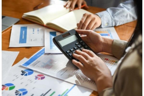 「企業価値」を簡単に解説!時価総額との違いや算定方法は?