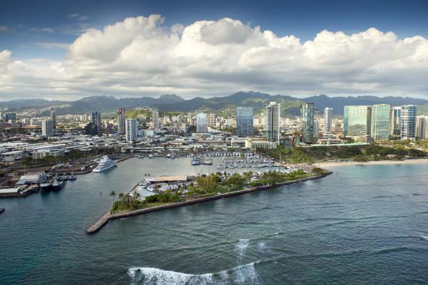 富裕層から支持を集める「1社単独のマスタープラン開発」ハワイに誕生する新しい街「ワードビレッジ」の魅力とは?