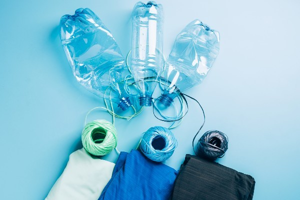 SDGsで注目のアップサイクル ゴミから価値ある商品を生む事例集