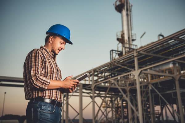 電気・水道・ガス業界のオーナー社長を開拓したい営業マンが見るべき業界誌