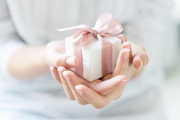 50代男性,30回目の結婚記念日,プレゼント