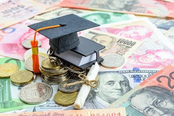 教育資金費,日本,アメリカ