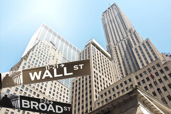 株価の大暴落時に本当にデキる投資家が行うこと