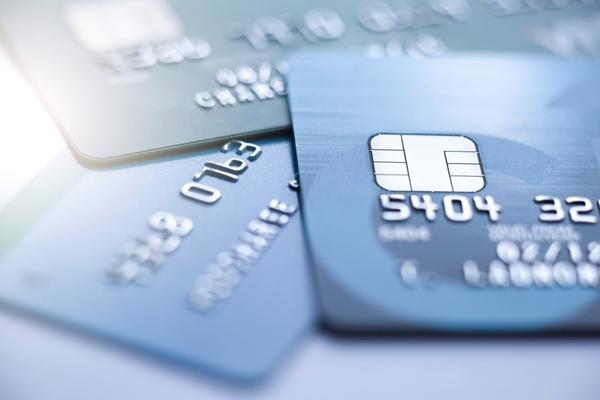 キャッシュカード,クレジットカード,デビットカード,違い