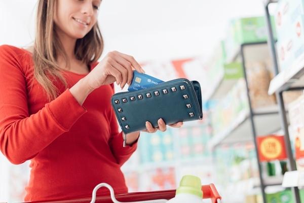 クレジットカード,デビットカード,プリペイドカード