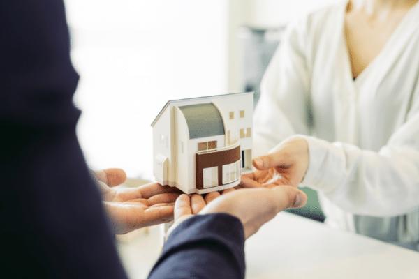 注文住宅を建てるのは20代・30代・40代以上……どの世代がベスト?
