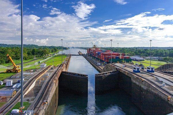 パナマ運河,トウシル