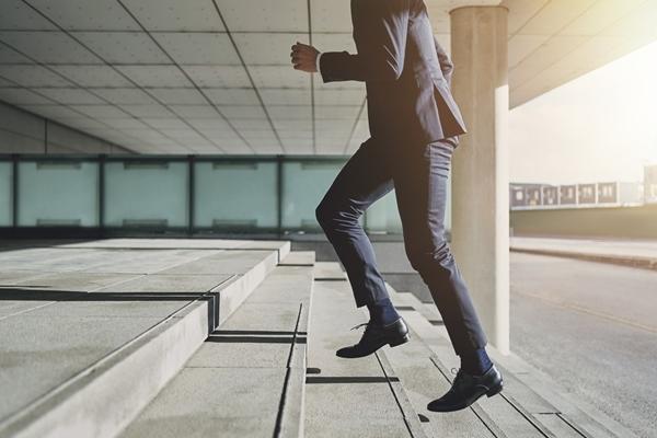 株式投資,会社員,3つの強み