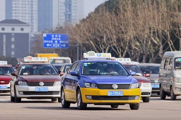 中国経済,今日頭条,自動車メーカー