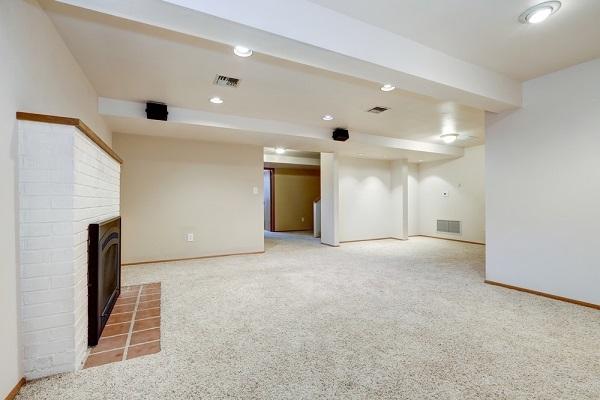 半地下住宅,宅地,建築基準法