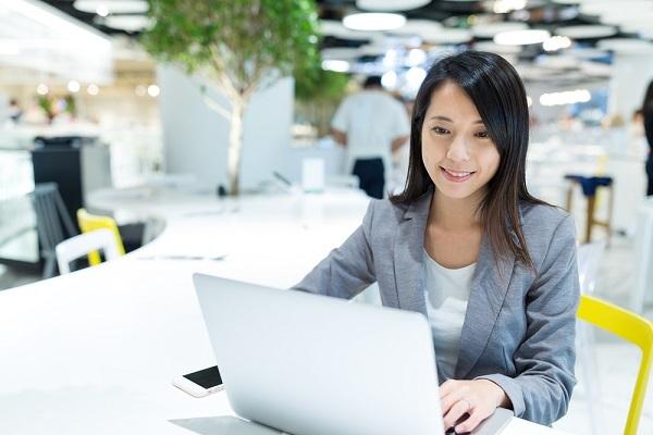 中国経済,PC,小売業界,eコマース,ネット通販,界面