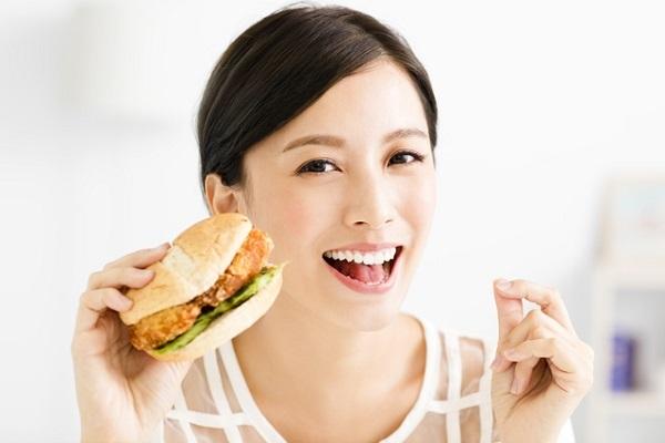 中国経済,配達,デリバリー,飲食,界面