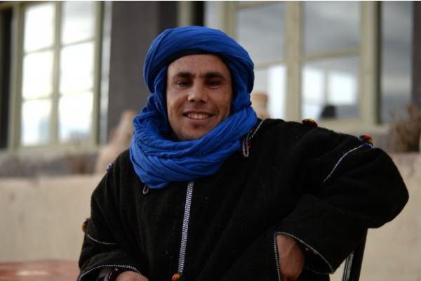 小粋な衣装に身をまとうベルベル人。ベルベル人こそが、モロッコ人のウザさなのです。(写真=The 21 online)