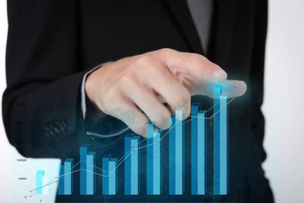 投資のヒント,関わらず目標株価の引き上げがあった銘柄