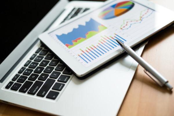 投資のヒント,3月期決算銘柄,2社以上,目標株価引き上げ