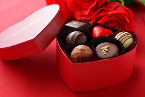 バレンタイン,チョコレート市場,関連銘柄