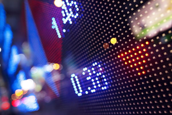 株式相場見通し,自律反発狙い