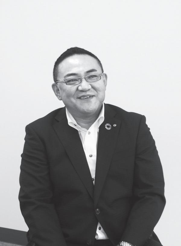 萩原 真支店長(はぎわら・まこと)