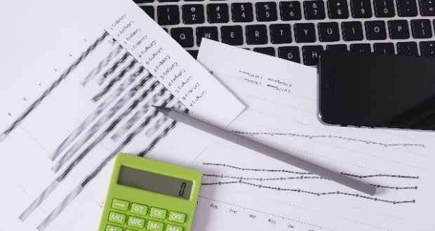 財務会計,管理会計,原価計算,コマツ